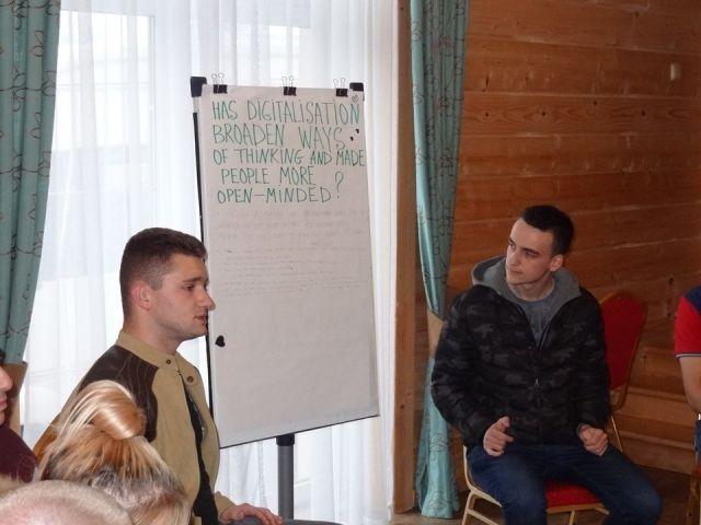 "Ученици от Сливенската професионална гимназия по строителство и геодезия ""Арх. Георги Козаров"" в Полша по програма Erasmus+"